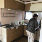施工前キッチン。。